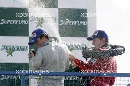 29.08.2004 Donington, England, Sunday 29 August 2004, Chistiano Rocha, BRA, Zele Racing Jonathan Reid, NZL, John Village Automotive - SUPERFUND EURO 3000 Championship Rd 6, Donington Park, England, GBR - SUPERFUND COPYRIGHT FREE editorial use only
