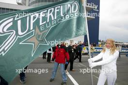 31.10.2004 Nurburgring, Germany, Sunday, 31 October 2004, SUPERFUND Grid girl - SUPERFUND EURO 3000 Championship Rd 10, Nurburgring, Germany, GER - SUPERFUND COPYRIGHT FREE editorial use only