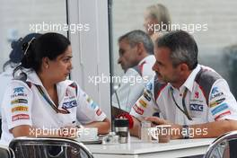 (L to R): Monisha Kaltenborn (AUT) Sauber Team Principal with Beat Zehnder (SUI) Sauber F1 Team Manager. 30.10.2014. Formula 1 World Championship, Rd 17, United States Grand Prix, Austin, Texas, USA, Preparation Day.