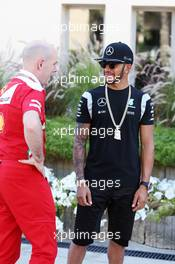 (L to R): Jock Clear (GBR) Ferrari Engineering Director with Lewis Hamilton (GBR) Mercedes AMG F1. 03.04.2016. Formula 1 World Championship, Rd 2, Bahrain Grand Prix, Sakhir, Bahrain, Race Day.