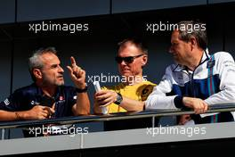 (L to R): Beat Zehnder (SUI) Sauber F1 Team Manager with Alan Permane (GBR) Renault Sport F1 Team Trackside Operations Director and Steve Nielsen (GBR) Williams Sporting Manager. 27.04.2017. Formula 1 World Championship, Rd 4, Russian Grand Prix, Sochi Autodrom, Sochi, Russia, Preparation Day.