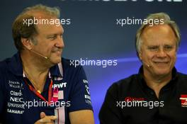 (L to R): Robert Fernley (GBR) Sahara Force India F1 Team Deputy Team Principal with Gene Haas (USA) Haas Automotion President in the FIA Press Conference. 20.10.2017. Formula 1 World Championship, Rd 17, United States Grand Prix, Austin, Texas, USA, Practice Day.