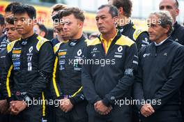 F1, F2, and F3 pay their respects to Anthoine Hubert (L to R): Ye Yifei (CHN) Renault Sport Academy Driver; Max Fewtrell (GBR) Renault Sport Academy Driver; Mia Sharizman (MAL) Renault Sport Academy Director; Alain Prost (FRA) Renault F1 Team Special Advisor. 01.09.2019. Formula 1 World Championship, Rd 13, Belgian Grand Prix, Spa Francorchamps, Belgium, Race Day.