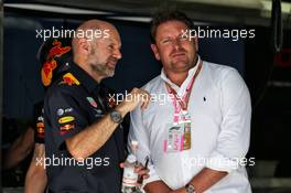 (L to R): Adrian Newey (GBR) Red Bull Racing Chief Technical Officer with James Martin (GBR) Celebrity Chef. 29.03.2019. Formula 1 World Championship, Rd 2, Bahrain Grand Prix, Sakhir, Bahrain, Practice Day