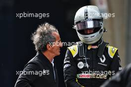 (L to R): Alain Prost (FRA) Renault F1 Team Special Advisor and Daniel Ricciardo (AUS) Renault F1 Team in parc ferme. 14.04.2019. Formula 1 World Championship, Rd 3, Chinese Grand Prix, Shanghai, China, Race Day.