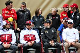 1000th F1 race photograph - (L to R): Mattia Binotto (ITA) Ferrari Team Principal; Guenther Steiner (ITA) Haas F1 Team Prinicipal; Claire Williams (GBR) Williams Racing Deputy Team Principal; Gene Haas (USA) Haas Automotion President. 14.04.2019. Formula 1 World Championship, Rd 3, Chinese Grand Prix, Shanghai, China, Race Day.
