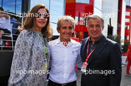 (L to R): Slavica Ecclestone (CRO) with Alain Prost (FRA) Renault F1 Team Special Advisor and Jean Alesi (FRA). 23.06.2019. Formula 1 World Championship, Rd 8, French Grand Prix, Paul Ricard, France, Race Day.
