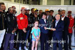 Jean Todt (FRA) FIA President with Justin and Charlotte Whiting (GBR), Ross Brawn (GBR) Managing Director, Motor Sports; Chase Carey (USA) Formula One Group Chairman; and the drivers. 14.07.2019. Formula 1 World Championship, Rd 10, British Grand Prix, Silverstone, England, Race Day.