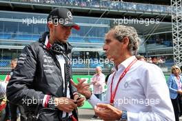 Esteban Ocon (FRA) Mercedes AMG F1 Reserve Driver with Alain Prost (FRA) Renault F1 Team Special Advisor on the grid. 08.09.2019. Formula 1 World Championship, Rd 14, Italian Grand Prix, Monza, Italy, Race Day.