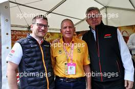 (L to R): Andreas Seidl, McLaren Managing Director with Jody Scheckter (RSA) and Ross Brawn (GBR) Managing Director, Motor Sports. 08.09.2019. Formula 1 World Championship, Rd 14, Italian Grand Prix, Monza, Italy, Race Day.