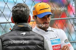 Carlos Sainz Jr (ESP) McLaren with Andrea Stella (ITA) McLaren Performance Director. 25.10.2019. Formula 1 World Championship, Rd 18, Mexican Grand Prix, Mexico City, Mexico, Practice Day.