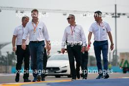 Bernd Maylander (GER) FIA Safety Car Driver (Left) walks the circuit with Michael Masi (AUS) FIA Race Director (Right). 19.09.2019. Formula 1 World Championship, Rd 15, Singapore Grand Prix, Marina Bay Street Circuit, Singapore, Preparation Day.