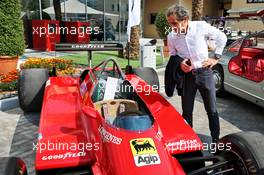 Alain Prost (FRA) Renault F1 Team Special Advisor with the 1982 Ferrari 126C2 driven by Patrick Tambay on display in the paddock - Sotherby's.  30.11.2019. Formula 1 World Championship, Rd 21, Abu Dhabi Grand Prix, Yas Marina Circuit, Abu Dhabi, Qualifying Day.