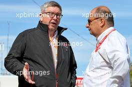 (L to R): Ross Brawn (GBR) Managing Director, Motor Sports with Luca Colajanni (ITA) Formula One Senior Communications Officer. 02.11.2019. Formula 1 World Championship, Rd 19, United States Grand Prix, Austin, Texas, USA, Qualifying Day.