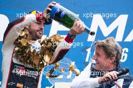 (L to R): Race winner Fernando Alonso (ESP) #08 Toyota Gazoo Racing Toyota TS050 Hybrid, celebrates on the podium.