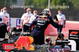 Race winner Max Verstappen (NLD) Red Bull Racing RB16 celebrates in parc ferme. 09.08.2020. Formula 1 World Championship, Rd 5, 70th Anniversary Grand Prix, Silverstone, England, Race Day.