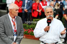 (L to R): Paul Little (AUS) Chair of Australian Grand Prix Corporation; and Chase Carey (USA) Formula One Group Chairman, at an outdoor press conference following the cancellation of the Australian Grand Prix. 13.03.2020. Formula 1 World Championship, Rd 1, Australian Grand Prix, Albert Park, Melbourne, Australia, Practice Day.