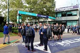 Teams wait outside the paddock. 13.03.2020. Formula 1 World Championship, Rd 1, Australian Grand Prix, Albert Park, Melbourne, Australia, Practice Day.