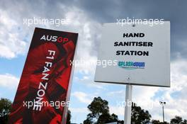 Circuit atmosphere - Hand Sanitiser Station.  11.03.2020. Formula 1 World Championship, Rd 1, Australian Grand Prix, Albert Park, Melbourne, Australia, Preparation Day.