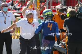 Zak Brown (USA), McLaren F1 Team Executive Director and Lando Norris (GBR), McLaren F1 Team  05.07.2020. Formula 1 World Championship, Rd 1, Austrian Grand Prix, Spielberg, Austria, Race Day.