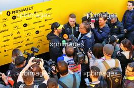 Daniel Ricciardo (AUS) Renault F1 Team with the media. 20.02.2020. Formula One Testing, Day Two, Barcelona, Spain. Thursday.