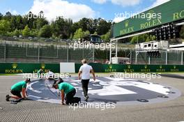 Grid atmosphere - tribute to Anthoine Hubert. 30.08.2020. Formula 1 World Championship, Rd 7, Belgian Grand Prix, Spa Francorchamps, Belgium, Race Day.