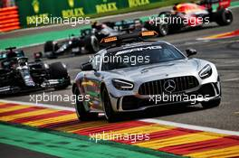 Lewis Hamilton (GBR) Mercedes AMG F1 W11 leads behind the FIA Safety Car. 30.08.2020. Formula 1 World Championship, Rd 7, Belgian Grand Prix, Spa Francorchamps, Belgium, Race Day.