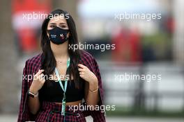 Sandra Dziwiszek (POL), girlfriend of Nicholas Latifi (CDN) Williams Racing. 27.11.2020. Formula 1 World Championship, Rd 15, Bahrain Grand Prix, Sakhir, Bahrain, Practice Day