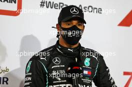 Pole sitter Lewis Hamilton (GBR) Mercedes AMG F1 in qualifying parc ferme. 28.11.2020. Formula 1 World Championship, Rd 15, Bahrain Grand Prix, Sakhir, Bahrain, Qualifying Day.