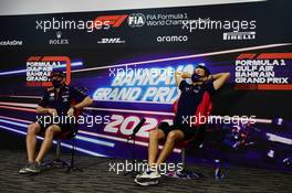 (L to R): Max Verstappen (NLD) Red Bull Racing and team mate Alexander Albon (THA) Red Bull Racing in the FIA Press Conference. 26.11.2020. Formula 1 World Championship, Rd 15, Bahrain Grand Prix, Sakhir, Bahrain, Preparation Day.
