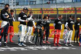 Drivers on the grid before the start of the race. 02.08.2020. Formula 1 World Championship, Rd 4, British Grand Prix, Silverstone, England, Race Day.