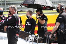 Kevin Magnussen (DEN) Haas VF-20 on the grid. 02.08.2020. Formula 1 World Championship, Rd 4, British Grand Prix, Silverstone, England, Race Day.