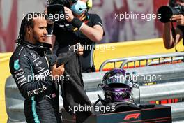 Race winner Lewis Hamilton (GBR) Mercedes AMG F1 in parc ferme. 02.08.2020. Formula 1 World Championship, Rd 4, British Grand Prix, Silverstone, England, Race Day.