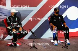(L to R): Valtteri Bottas (FIN) Mercedes AMG F1 and Lewis Hamilton (GBR) Mercedes AMG F1 in the post qualifying FIA Press Conference. 01.08.2020. Formula 1 World Championship, Rd 4, British Grand Prix, Silverstone, England, Qualifying Day.