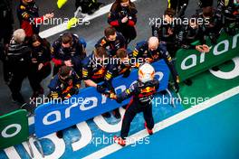 Max Verstappen (NLD) Red Bull Racing celebrates his second position with the team in parc ferme. 11.10.2020. Formula 1 World Championship, Rd 11, Eifel Grand Prix, Nurbugring, Germany, Race Day.