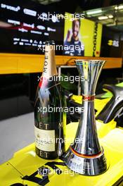Renault F1 Team celebrates third position for Daniel Ricciardo (AUS) Renault F1 Team. 11.10.2020. Formula 1 World Championship, Rd 11, Eifel Grand Prix, Nurbugring, Germany, Race Day.