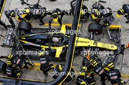 Daniel Ricciardo (AUS) Renault F1 Team RS20 makes a pit stop. 11.10.2020. Formula 1 World Championship, Rd 11, Eifel Grand Prix, Nurbugring, Germany, Race Day.