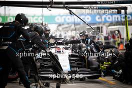 George Russell (GBR) Williams Racing FW43 makes a pit stop. 11.10.2020. Formula 1 World Championship, Rd 11, Eifel Grand Prix, Nurbugring, Germany, Race Day.