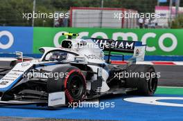 Nicholas Latifi (CDN) Williams Racing FW43 spins with a puncture. 19.07.2020. Formula 1 World Championship, Rd 3, Hungarian Grand Prix, Budapest, Hungary, Race Day.