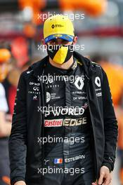 Esteban Ocon (FRA) Renault F1 Team on the grid. 01.11.2020. Formula 1 World Championship, Rd 13, Emilia Romagna Grand Prix, Imola, Italy, Race Day.