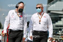 Ross Brawn (GBR) Managing Director, Motor Sports (Right) on the grid. 06.09.2020. Formula 1 World Championship, Rd 8, Italian Grand Prix, Monza, Italy, Race Day.