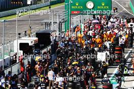 Teams in the pits while the race is stopped. 06.09.2020. Formula 1 World Championship, Rd 8, Italian Grand Prix, Monza, Italy, Race Day.