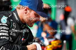 Valtteri Bottas (FIN) Mercedes AMG F1 in qualifying parc ferme. 05.09.2020. Formula 1 World Championship, Rd 8, Italian Grand Prix, Monza, Italy, Qualifying Day.