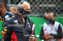 Adrian Newey (GBR) Red Bull Racing Chief Technical Officer on the grid. 25.10.2020. Formula 1 World Championship, Rd 12, Portuguese Grand Prix, Portimao, Portugal, Race Day.