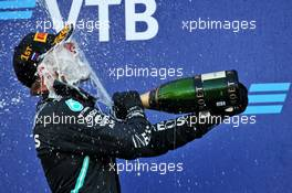 Race winner Valtteri Bottas (FIN) Mercedes AMG F1 celebrates with the champagne on the podium. 27.09.2020. Formula 1 World Championship, Rd 10, Russian Grand Prix, Sochi Autodrom, Sochi, Russia, Race Day.