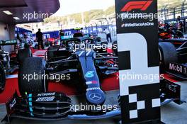 Race winner Valtteri Bottas (FIN) Mercedes AMG F1 W11 in parc ferme. 27.09.2020. Formula 1 World Championship, Rd 10, Russian Grand Prix, Sochi Autodrom, Sochi, Russia, Race Day.