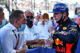 Max Verstappen (NLD) Red Bull Racing with his father Jos Verstappen (NLD) in parc ferme. 27.09.2020. Formula 1 World Championship, Rd 10, Russian Grand Prix, Sochi Autodrom, Sochi, Russia, Race Day.