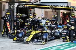 Esteban Ocon (FRA) Renault F1 Team RS20 makes a pit stop. 27.09.2020. Formula 1 World Championship, Rd 10, Russian Grand Prix, Sochi Autodrom, Sochi, Russia, Race Day.