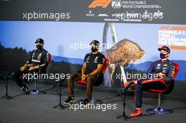 The post race FIA Press Conference (L to R): Valtteri Bottas (FIN) Mercedes AMG F1, second; Lewis Hamilton (GBR) Mercedes AMG F1, race winner; Max Verstappen (NLD) Red Bull Racing, third. 12.07.2020. Formula 1 World Championship, Rd 2, Steiermark Grand Prix, Spielberg, Austria, Race Day.