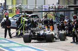 Nicholas Latifi (CDN) Williams Racing FW43 makes a pit stop. 12.07.2020. Formula 1 World Championship, Rd 2, Steiermark Grand Prix, Spielberg, Austria, Race Day.